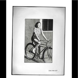 Kate Spade ♠️ One Fine Day Frame